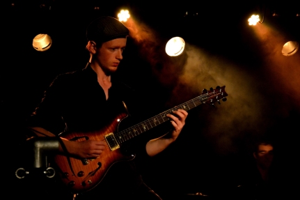guitariste1_reduit